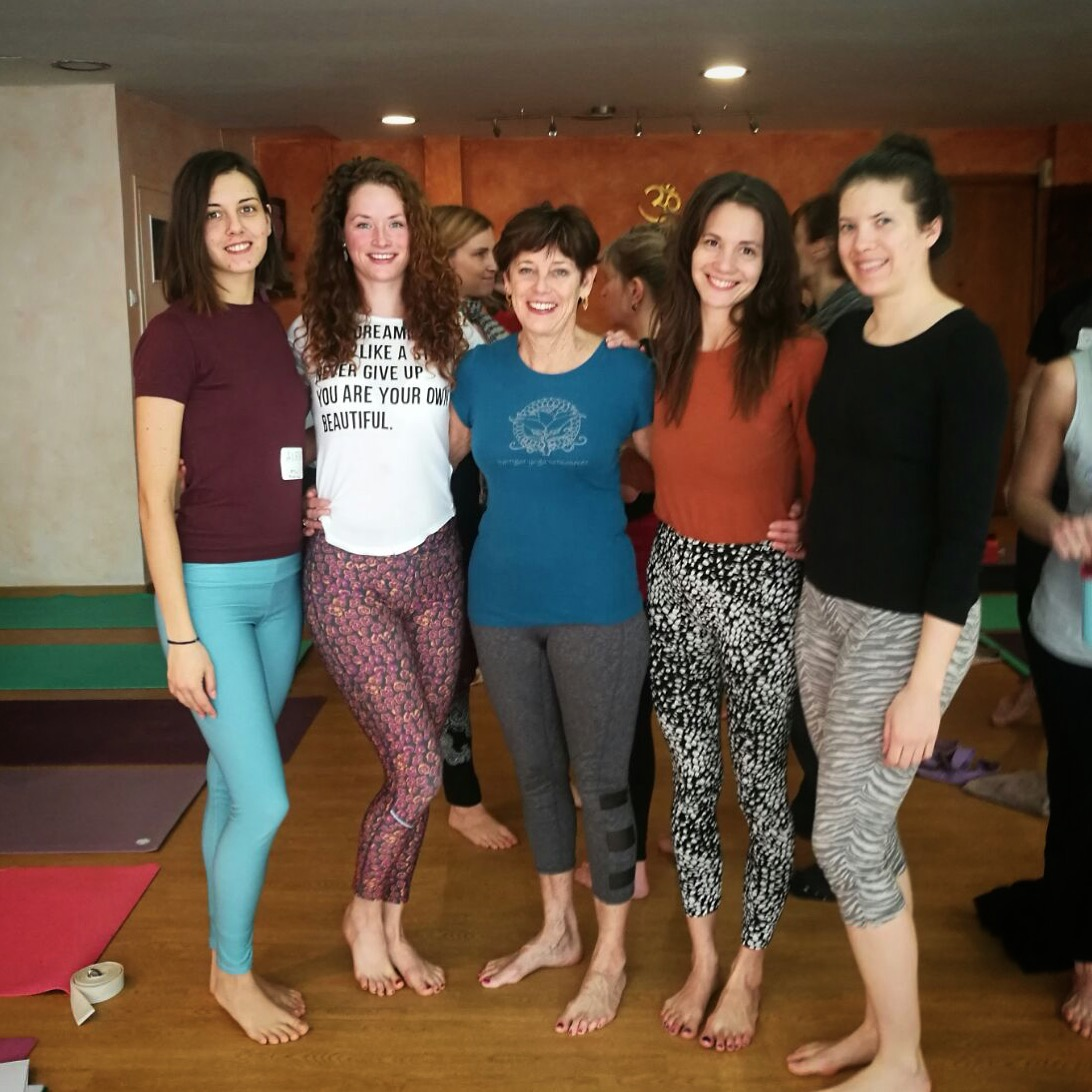 Attending Yoga for Scoliosis workshops with Elise Browning Miller in 2018